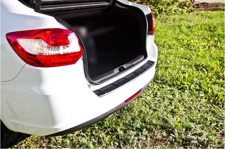 Защитная накладка на бампер Lada Granta 2014-