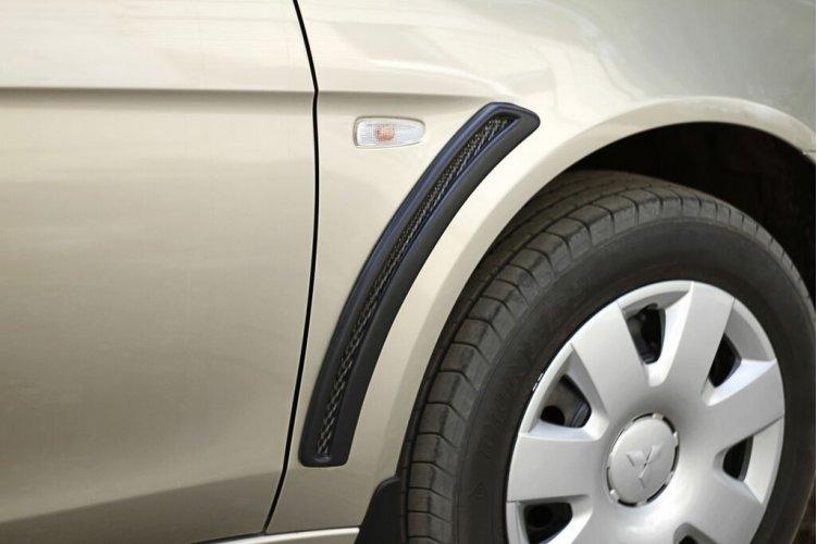 Накладки на крылья (с сеткой) Lancer X 2011-