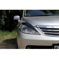 Накладки на передние фары Nissan Tiida 2004-