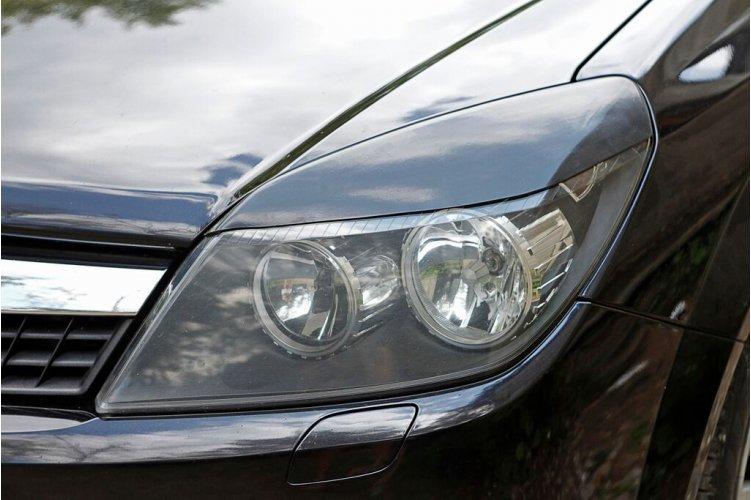 Реснички на передние фары Astra H 2006-