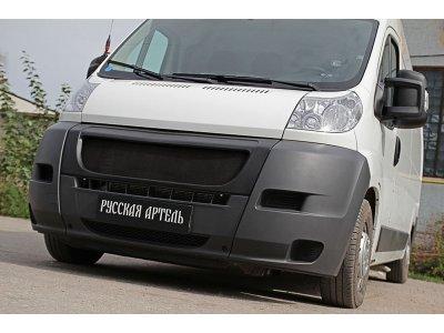 Решётка радиатора с сеткой черной Peugeot Boxer 2006-