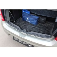 Накладка на порожек багажника Renault Sandero Stepway 2009-