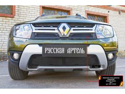 Пластиковая сетка для Renault Duster