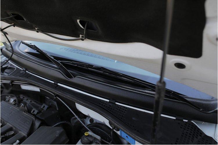 Жабо цельное (1 элемент) Renault Duster 2010-
