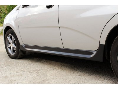Тюнинг обвес на пороги Chevrolet Aveo 2008-