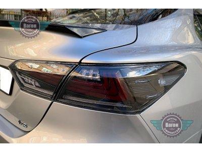 Автомобильные задние фонари Toyota Camry XV70 в стиле Лексус