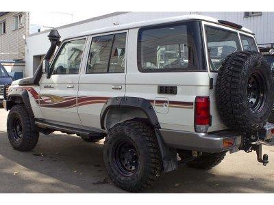 Расширители колесных арок (вынос 6,5 см) Toyota Land Cruiser 76 2007-