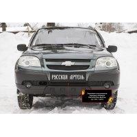 Пластиковая сетка решетки переднего бампера Chevrolet Niva Bertone 2009-