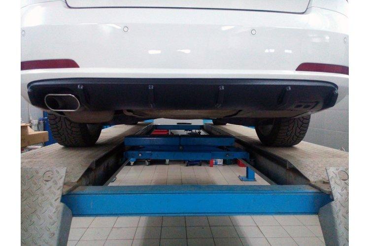 Диффузор заднего бампера (шагрень) для Skoda Октавия RS